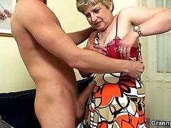 After pumping her old pussy he gives her a hot granny facial and she loves the warmth