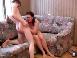 Busty mature slut gives outstanding sex lessons to an inexperienced young boy