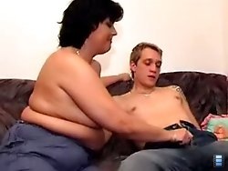 Lustful young dick gets a lot of MILF ass to fuck around in bed